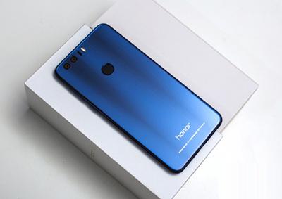 荣耀8蓝色版真机图片