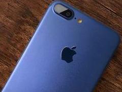 iPhone7 Plus深蓝色版真机图赏:颜色非常抢眼!