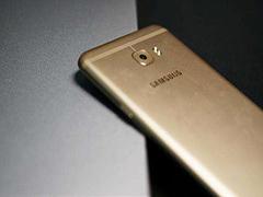 三星Galaxy C7 Pro和苹果iPhone SE哪个好?