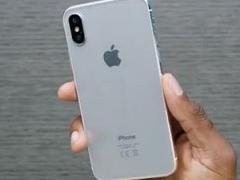 苹果iPhone8白色版模型机与iPhone7对比图赏