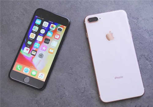 iPhone8与iPhone7