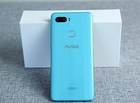 努比亚Z18mini青瓷蓝色版真机图赏