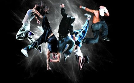 热血街舞团